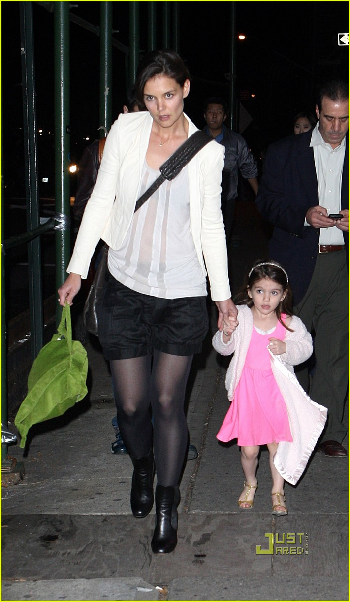 katie holmes suri cruise lion king broadway 19
