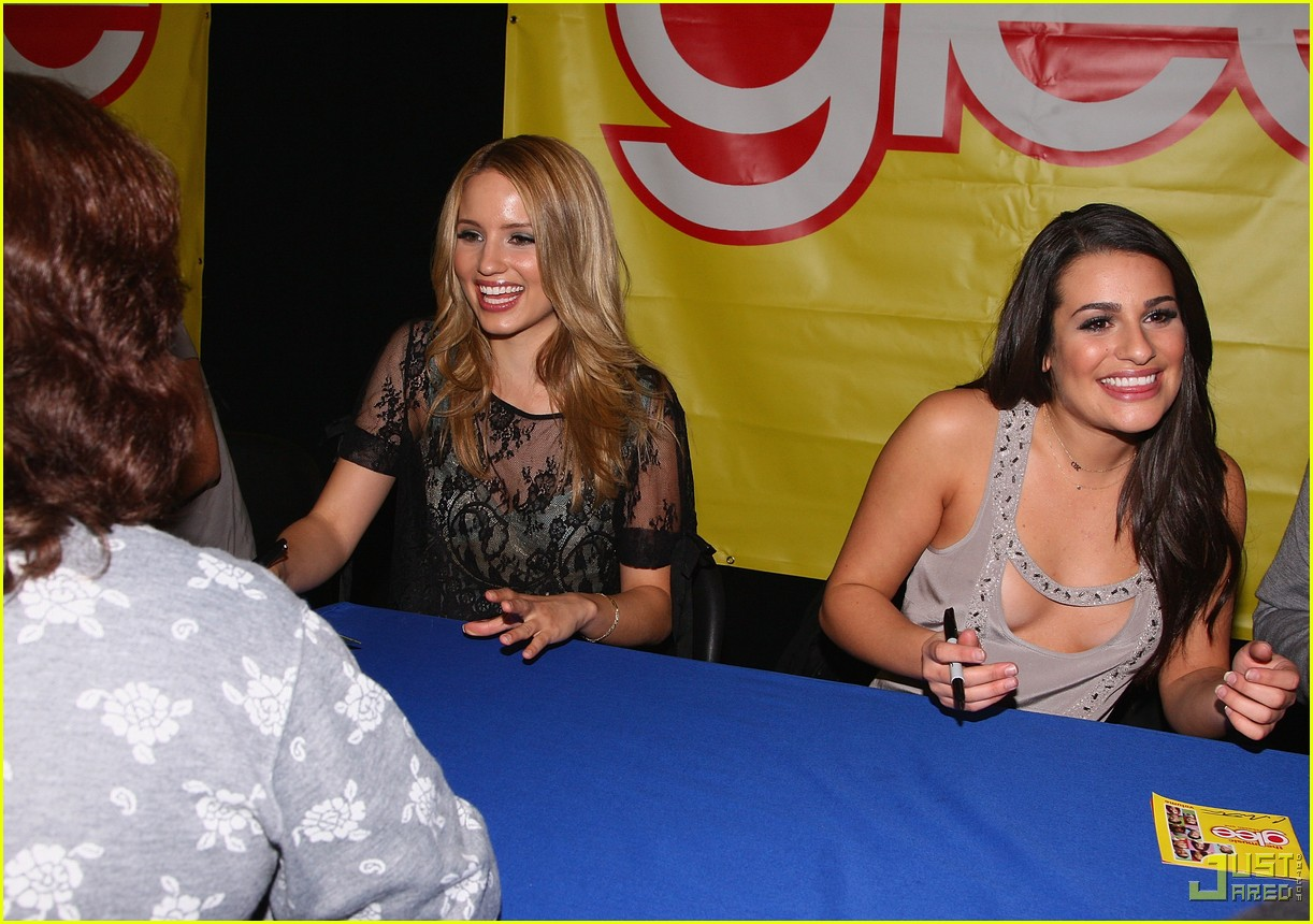 glee cast autograph signings 01