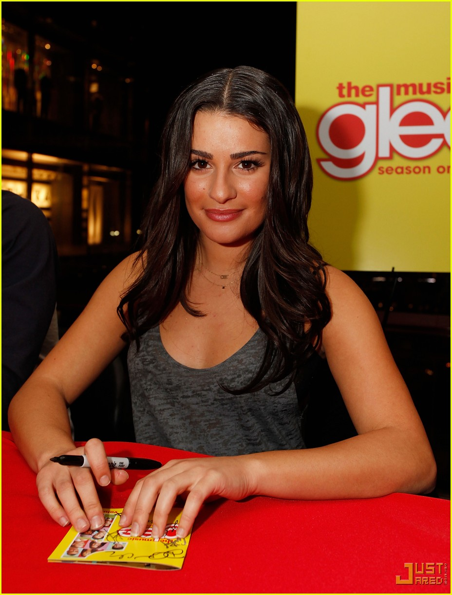 glee cast autograph signings 10