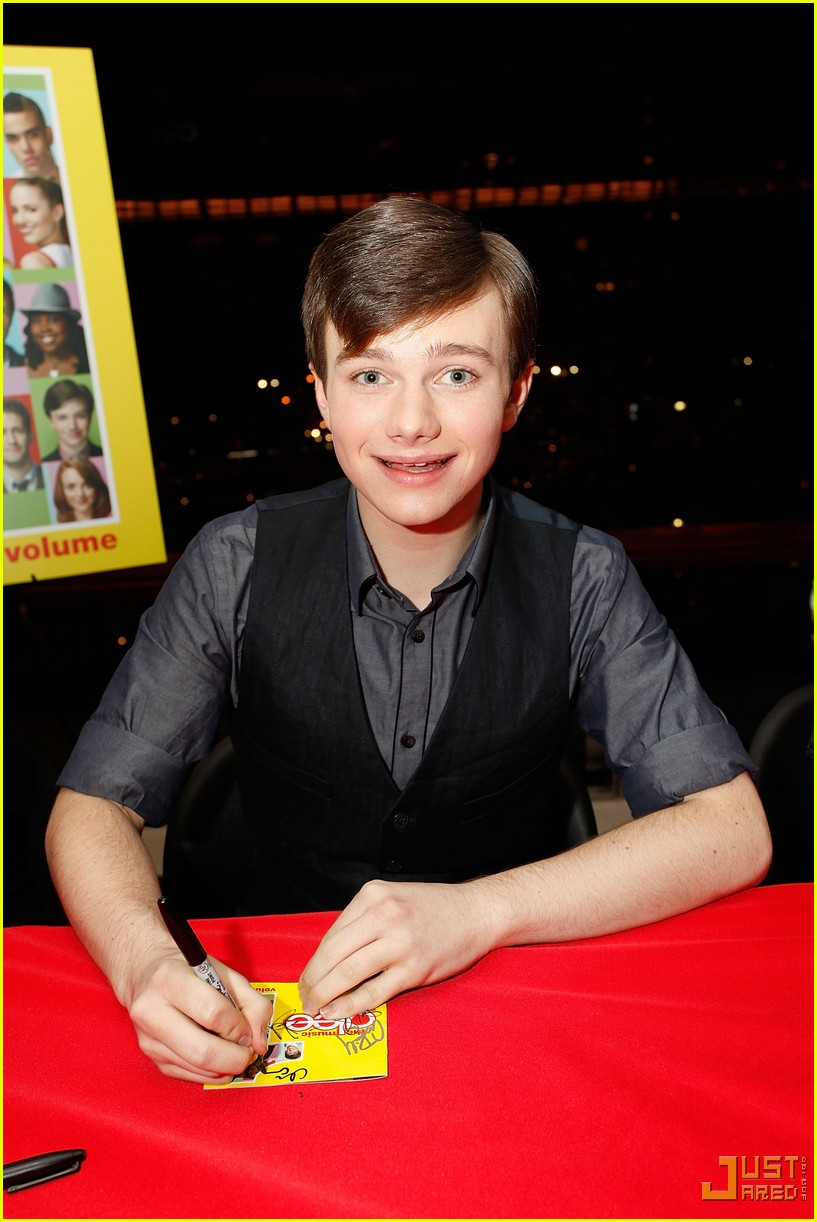 glee cast autograph signings 26