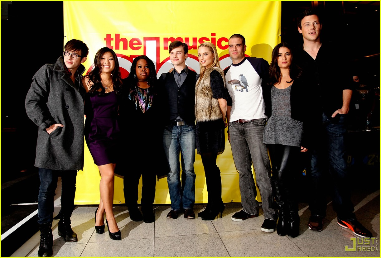 glee cast autograph signings 31