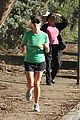 reese witherspoon jogging 13