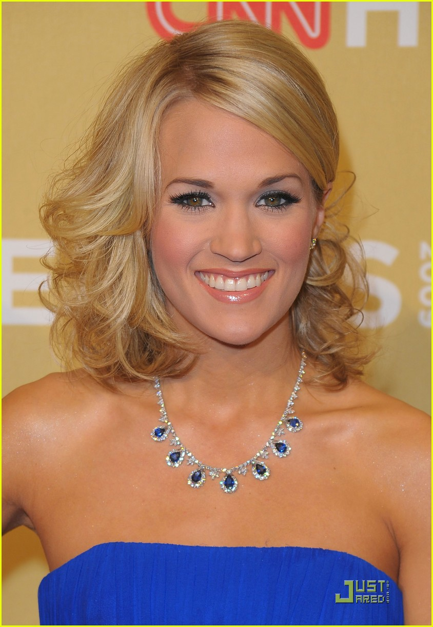 carrie underwood honors the 2009 cnn heroes 01