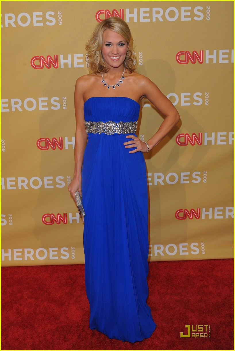carrie underwood honors the 2009 cnn heroes 16