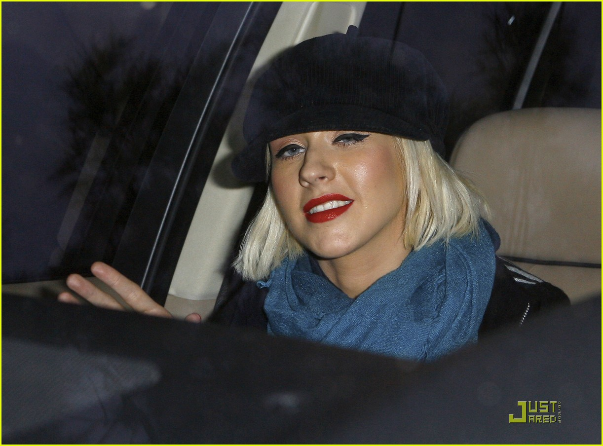 christina aguilera involved in car accident 062403453