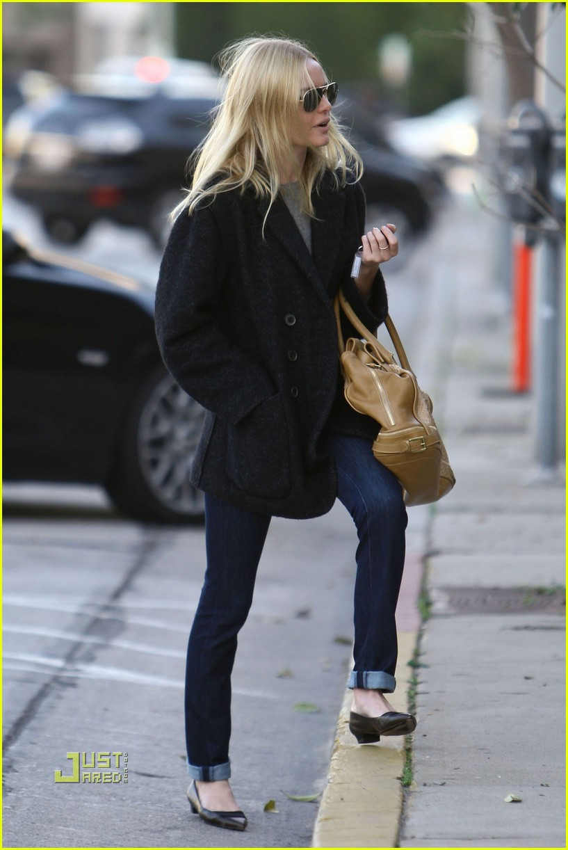 kate bosworth holiday shopping 13