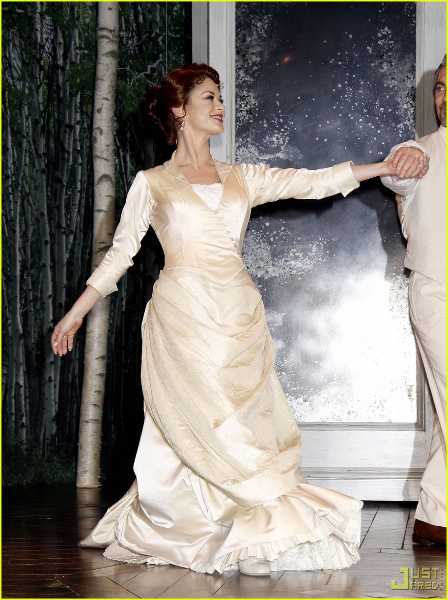 catherine zeta jones a little night music curtain call 02