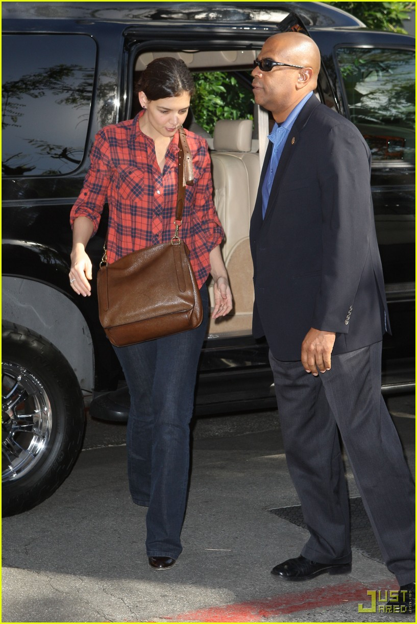 katie holmes last minute shopping hermes 12