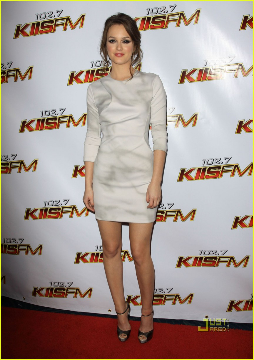 leighton meester jingle ball 08