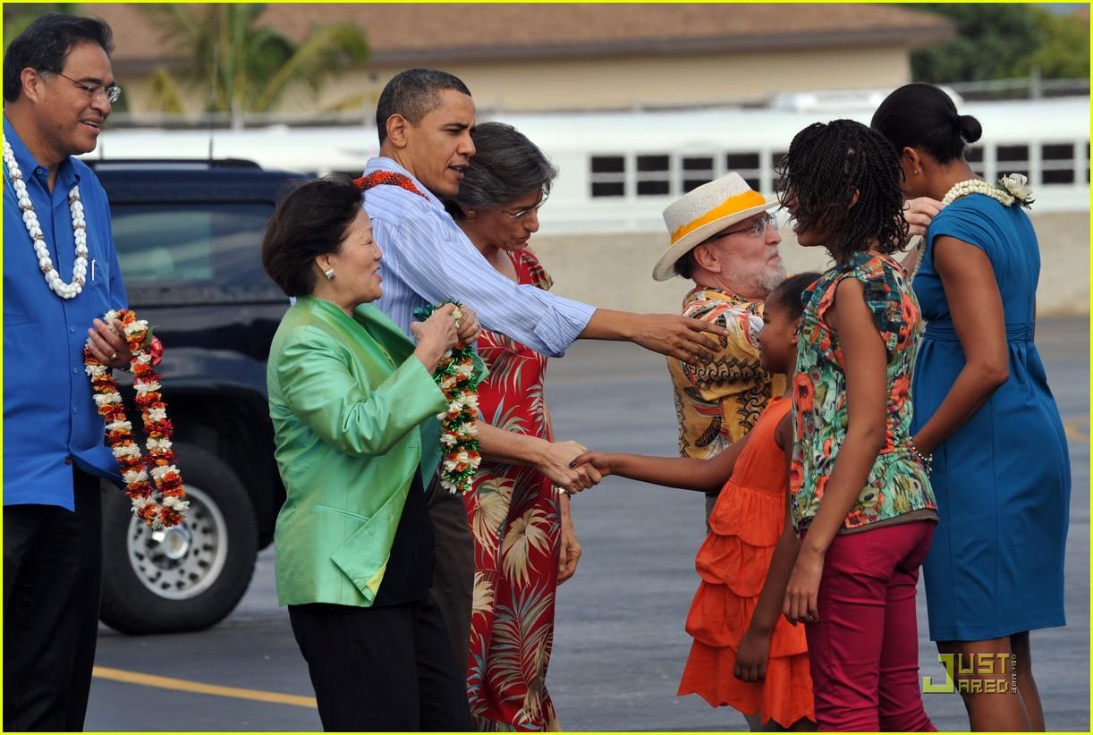 michelle obama hawaii 202404761