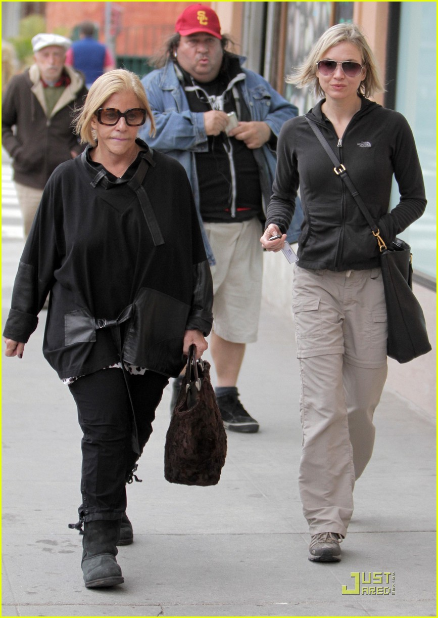 renee zellweger brads mom 312404422