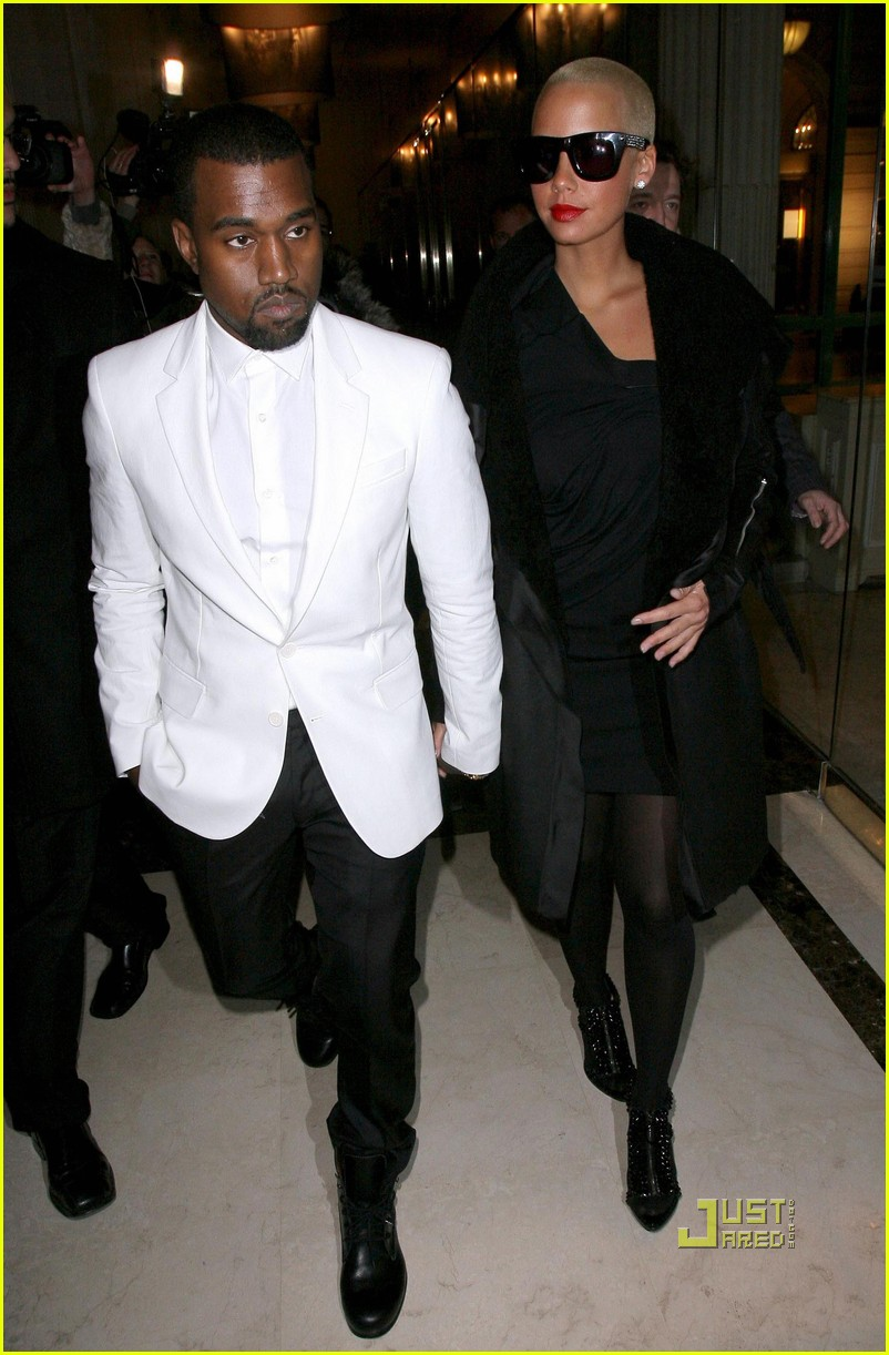 kanye west amber rose givenchy paris fashion week 08