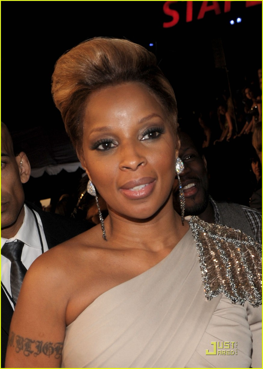 mary j blige peoples choice 2010 12