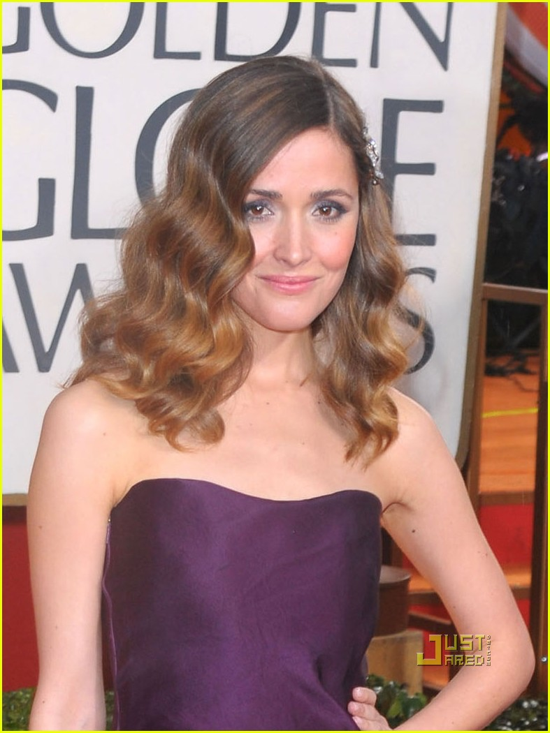 rose byrne 2010 golden globes red carpet 032409077