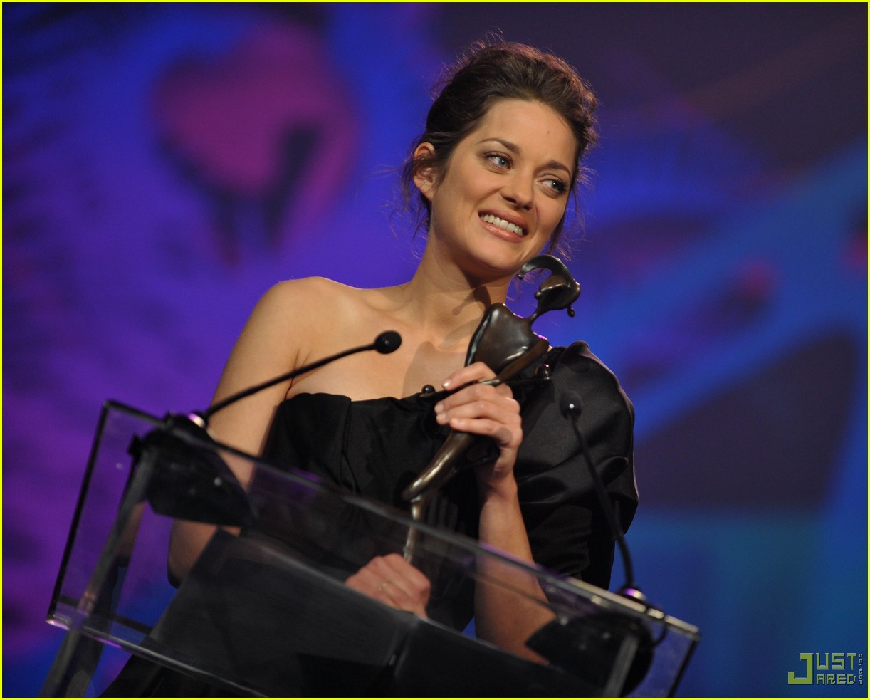 marion cotillard 2010 palm springs international film festival 04