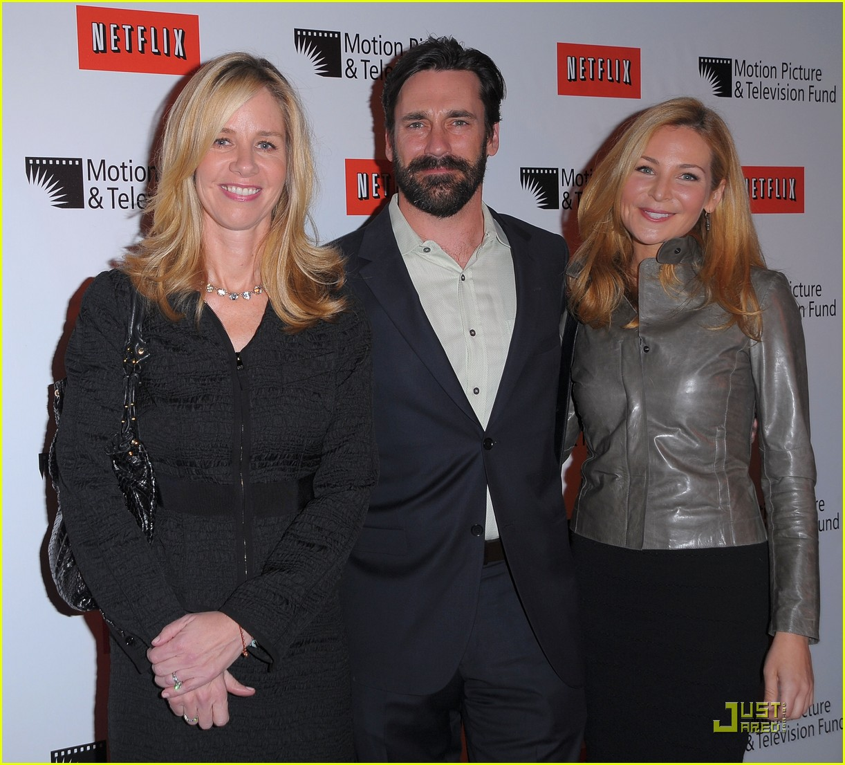 jon hamm boasts a beard 042408212