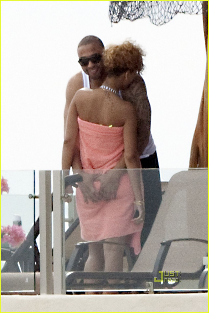 rihanna matt kemp mexico mates 07