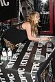 kesha sebert hot topic 06