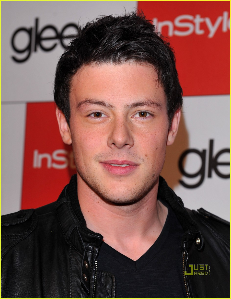 lea michele cory monteith glee picked up second season 062407443