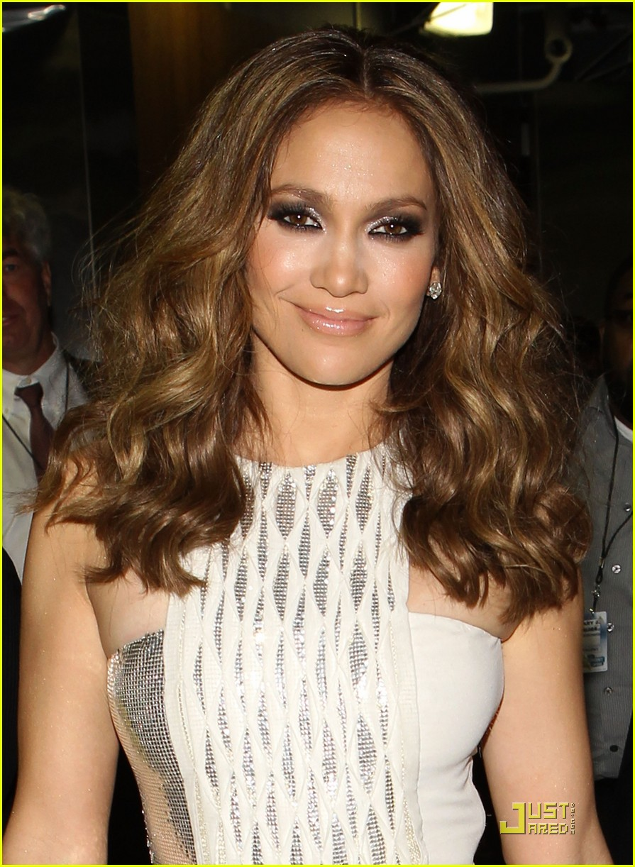 jennifer lopez 2010 grammys 11