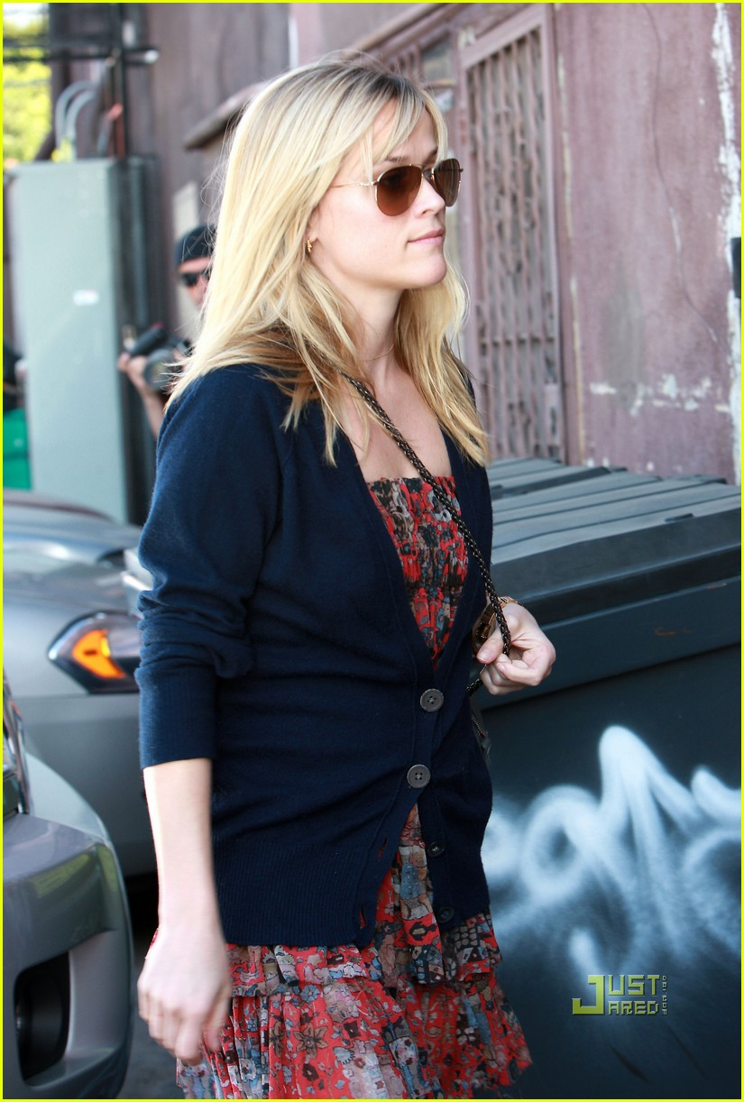 reese witherspoon flower print wedge heels studio 022407855