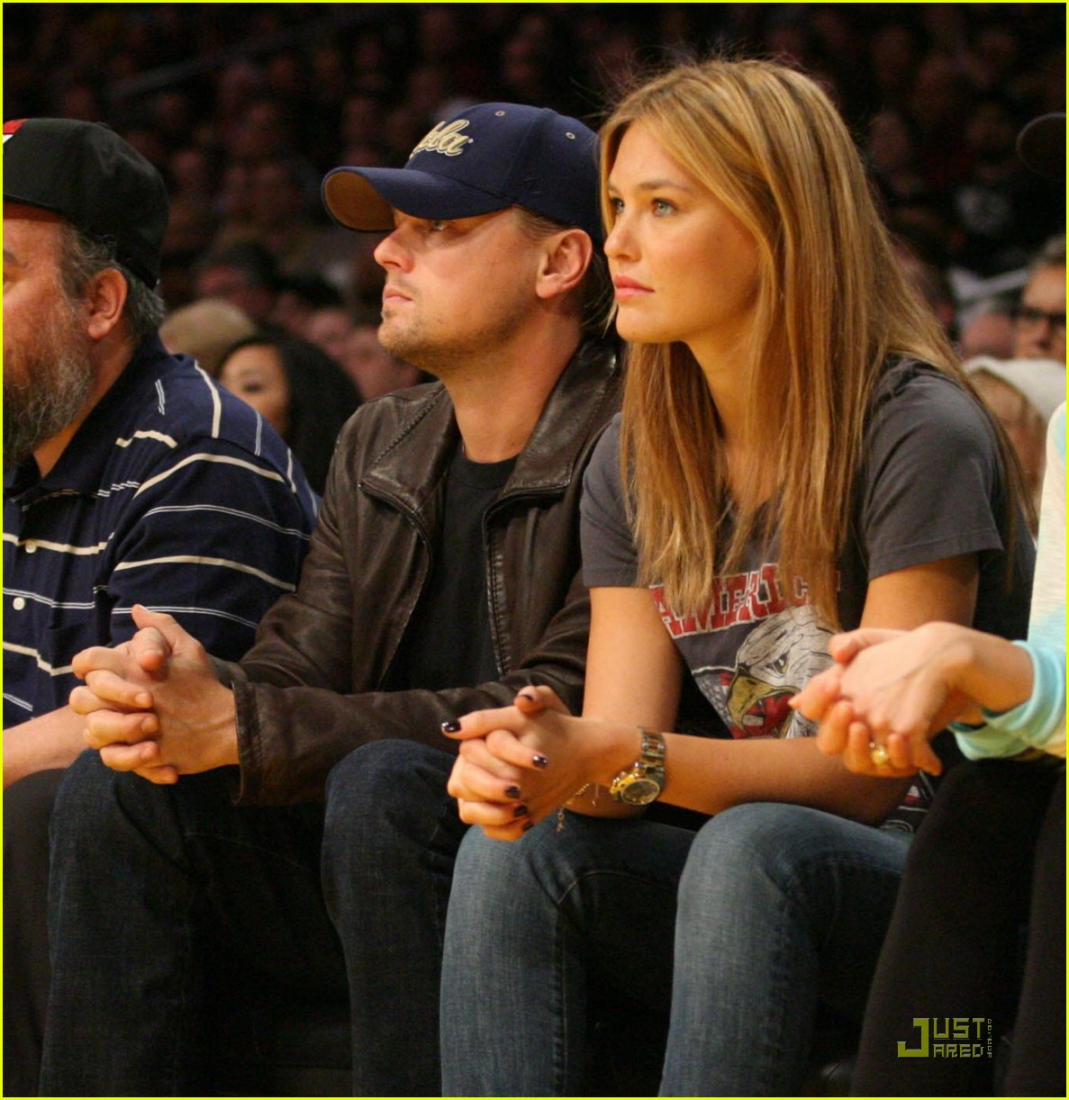 leonardo dicaprio bar refaeli lakers lovers 03