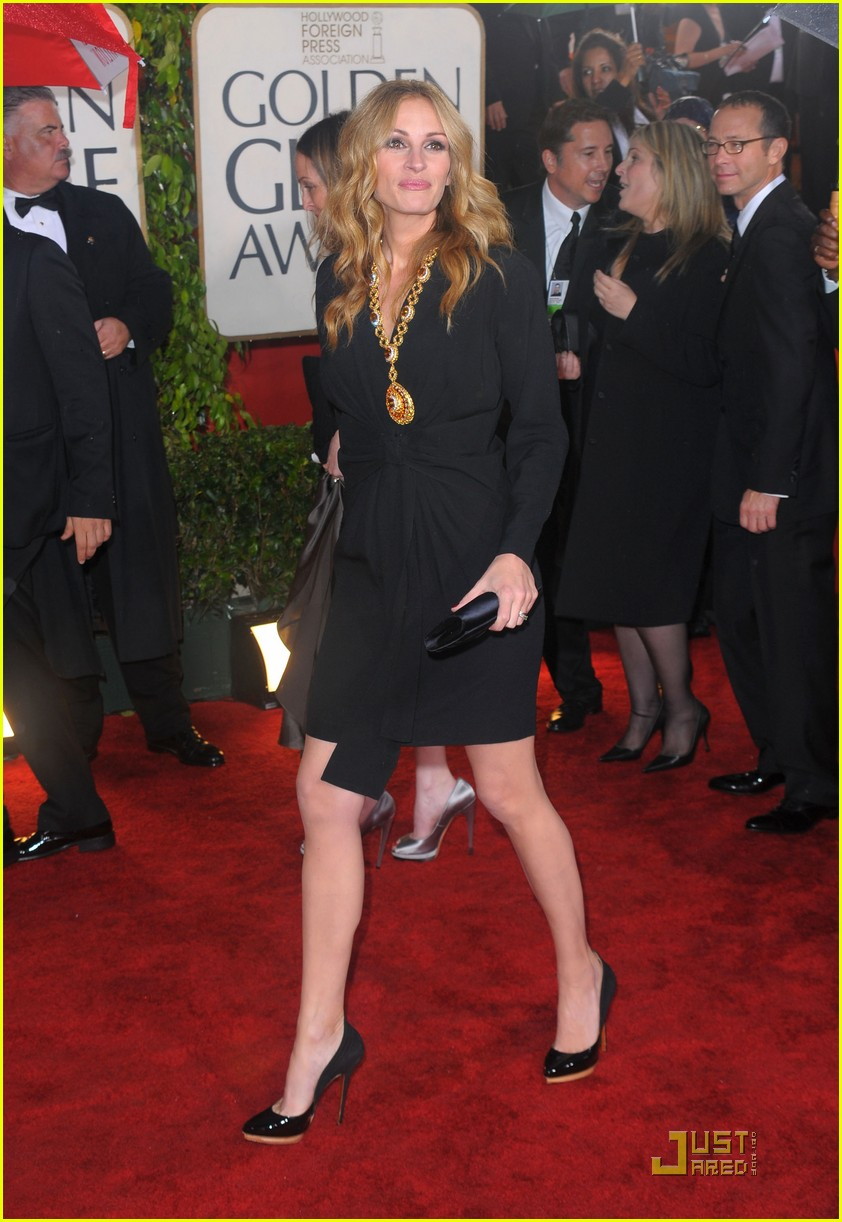 2010 golden globe awards red carpet 08