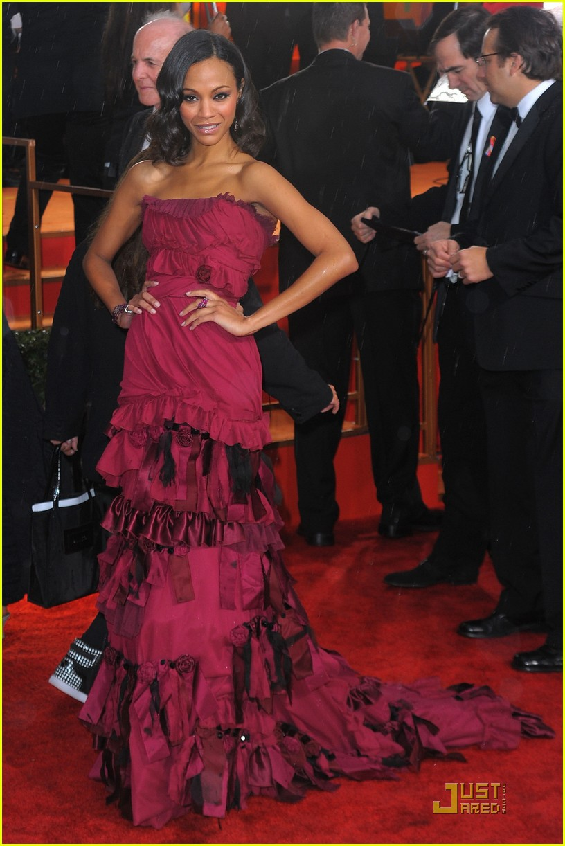 zoe saldana golden globes 2010 04
