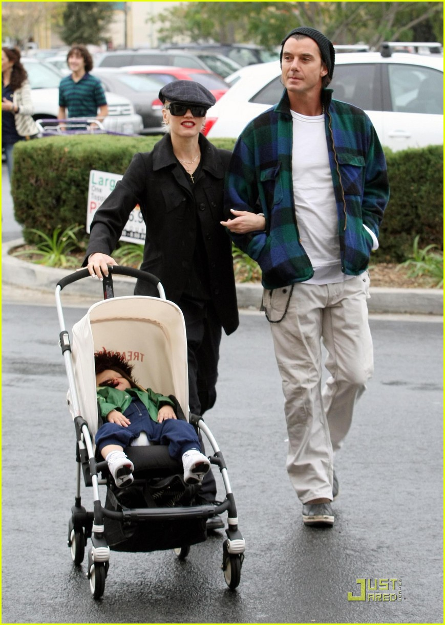 gwen stefani rossdale buying boys 10
