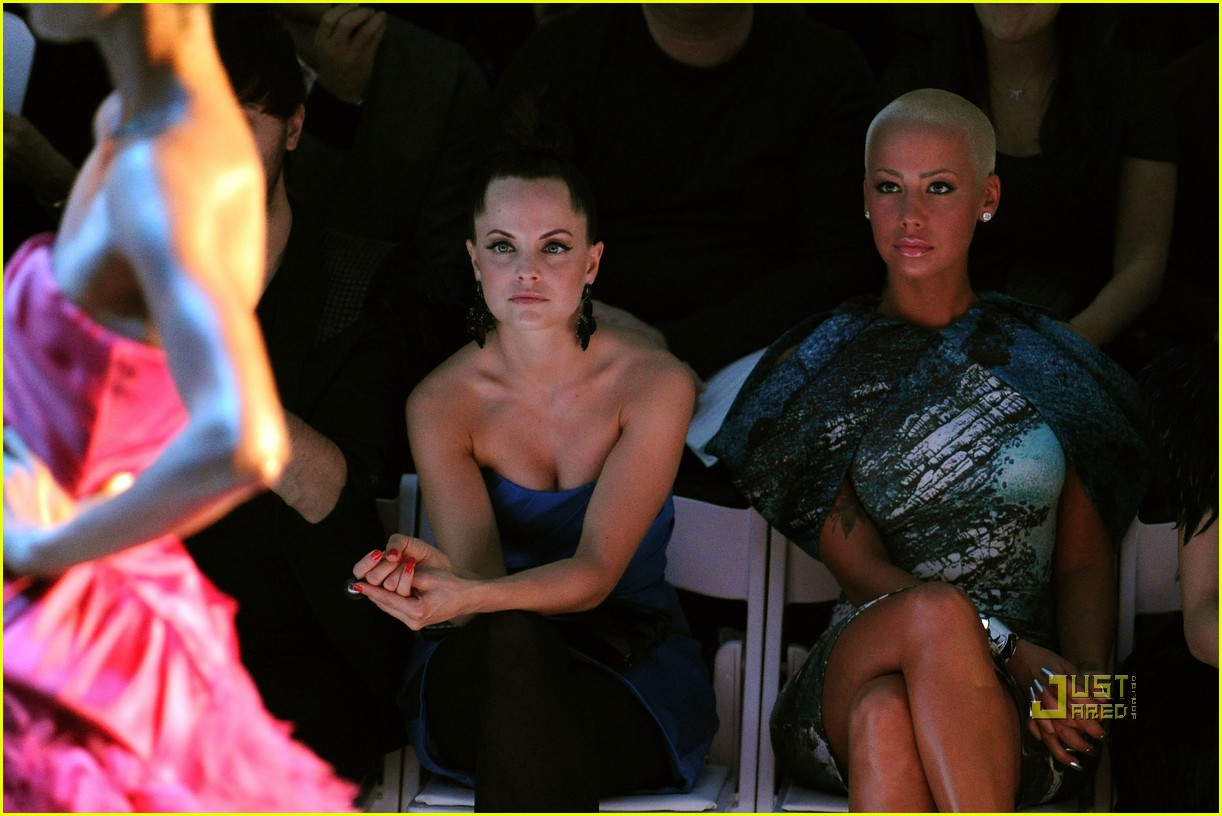 amber rose christian siriano new york fashion week 09
