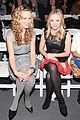 kristen bell tracy reese fashion show 01