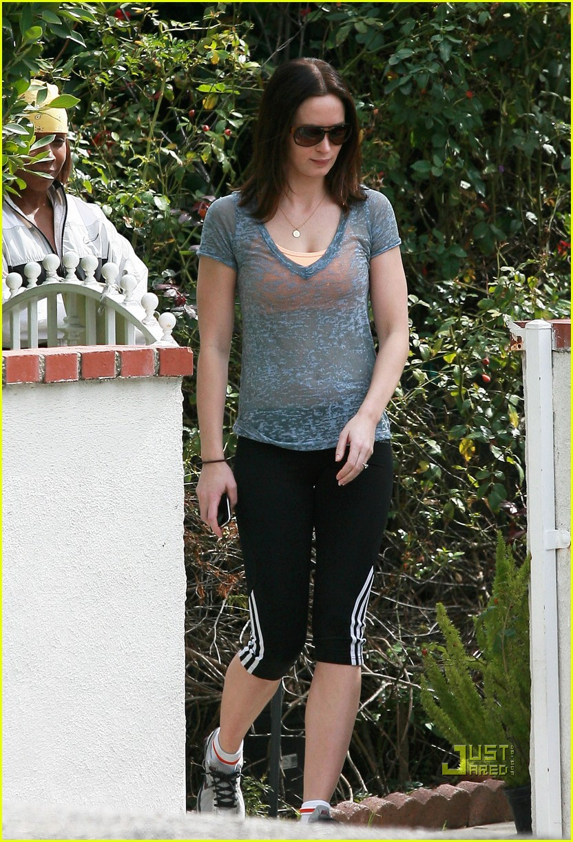 emily blunt 27th birthday work out meeting 02