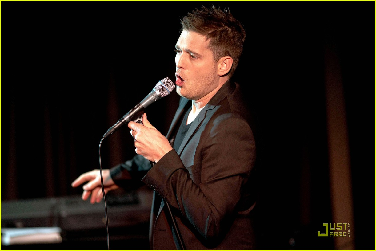 michael buble is a polished performer 052424822