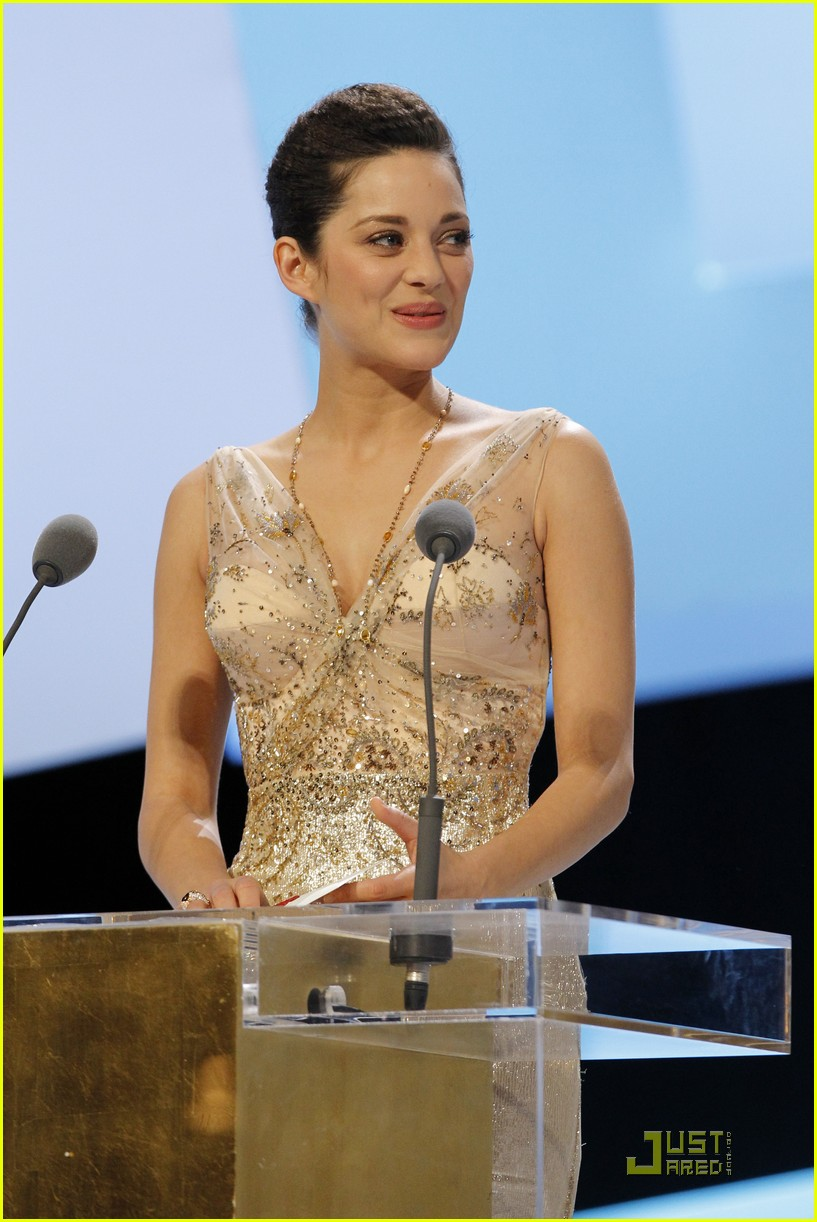 marion cotillard cesar film awards 2010 05
