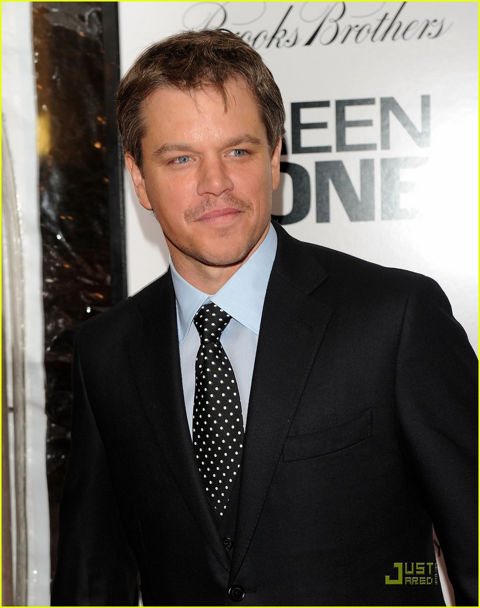 matt damon moustache man 042430451