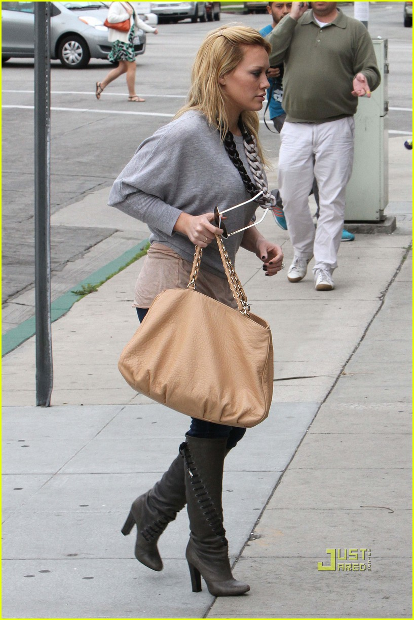 Full Sized Photo of hilary duff beauty and the briefcase ... Hilary Duff