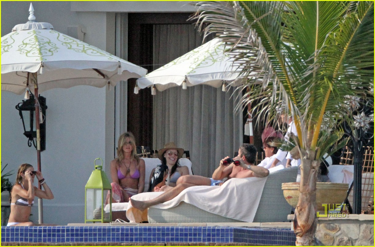 gerard butler jennifer aniston cabo birthday 06
