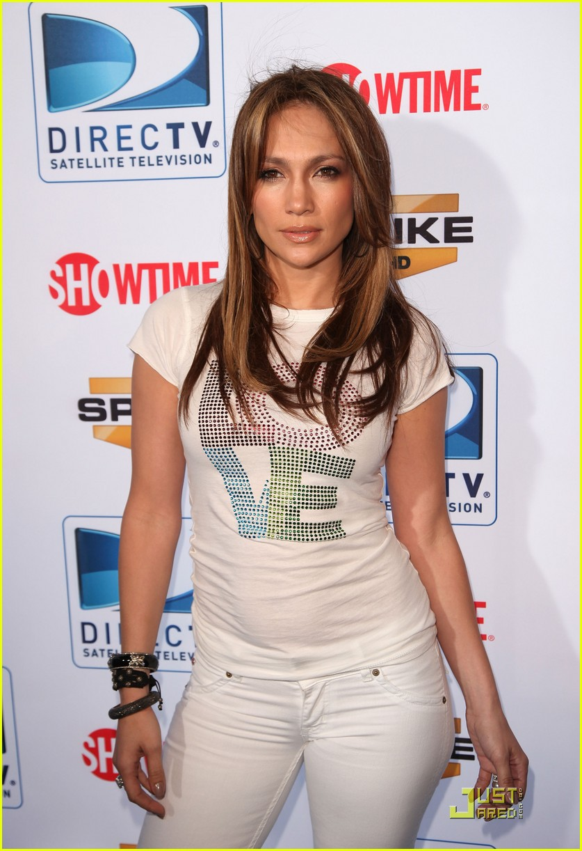jennifer lopez directv celebrity beach bowl 06
