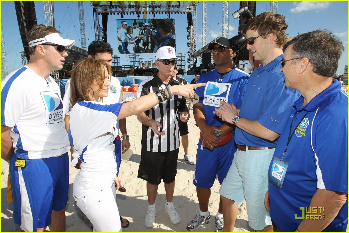 jennifer lopez directv celebrity beach bowl 39