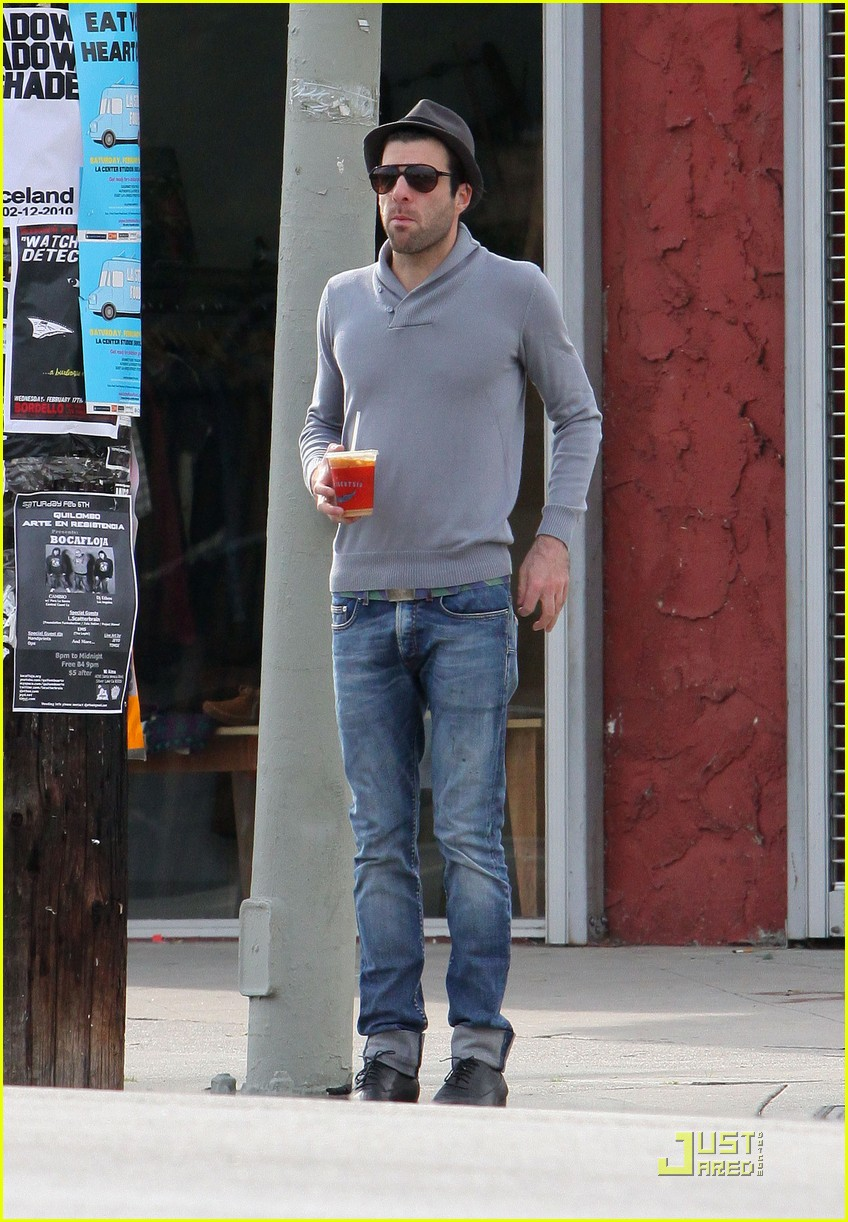 zachary quinto boldly goes 07