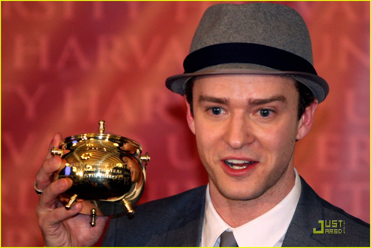 justin timberlake hasty pudding pot man of the year 04