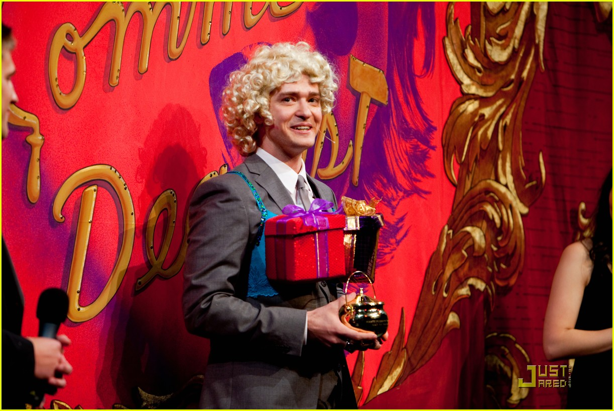 justin timberlake hasty pudding pot man of the year 16