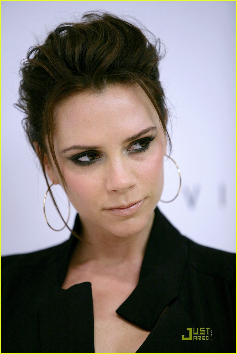 victoria beckham needs more time with her husband 21