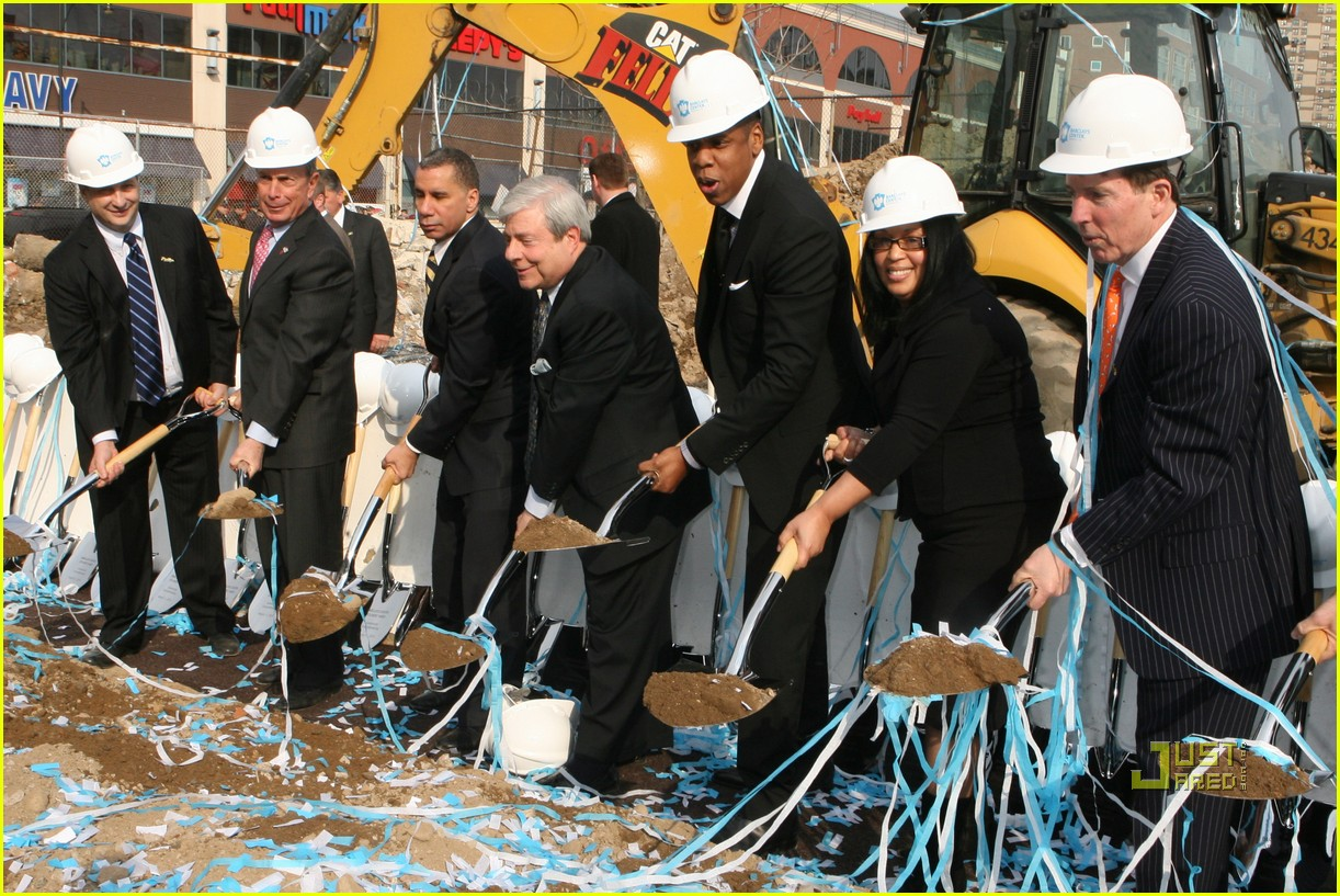 beyonce jay z break ground brooklyn 192434176