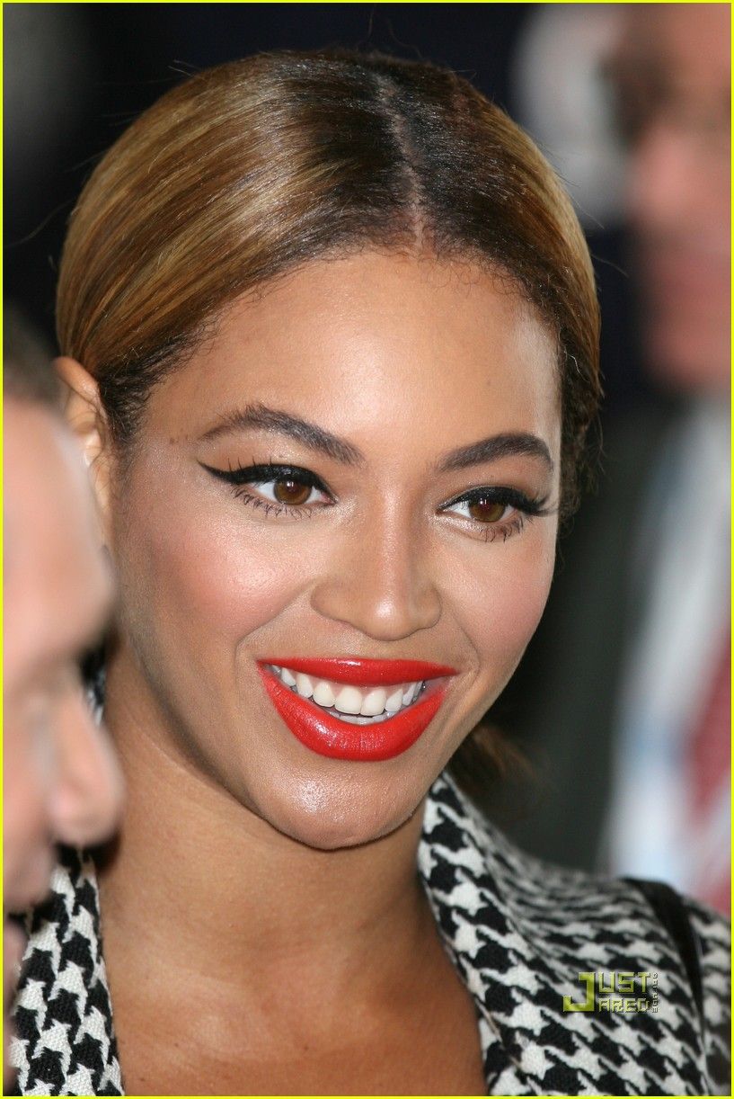 beyonce jay z break ground brooklyn 202434177