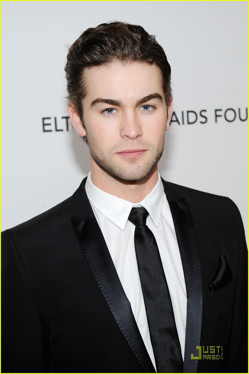 chace crawford aids foundation 012433401