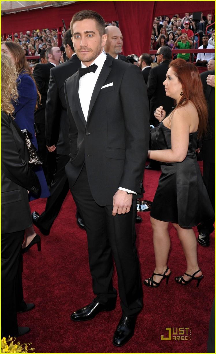 jake gyllenhaal 2010 oscars 02