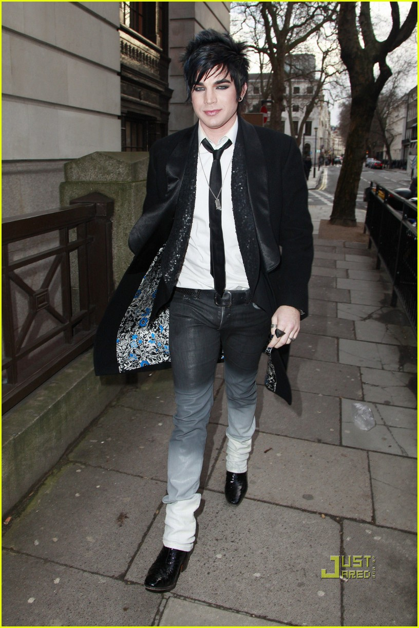 adam lambert bowling alley london 03