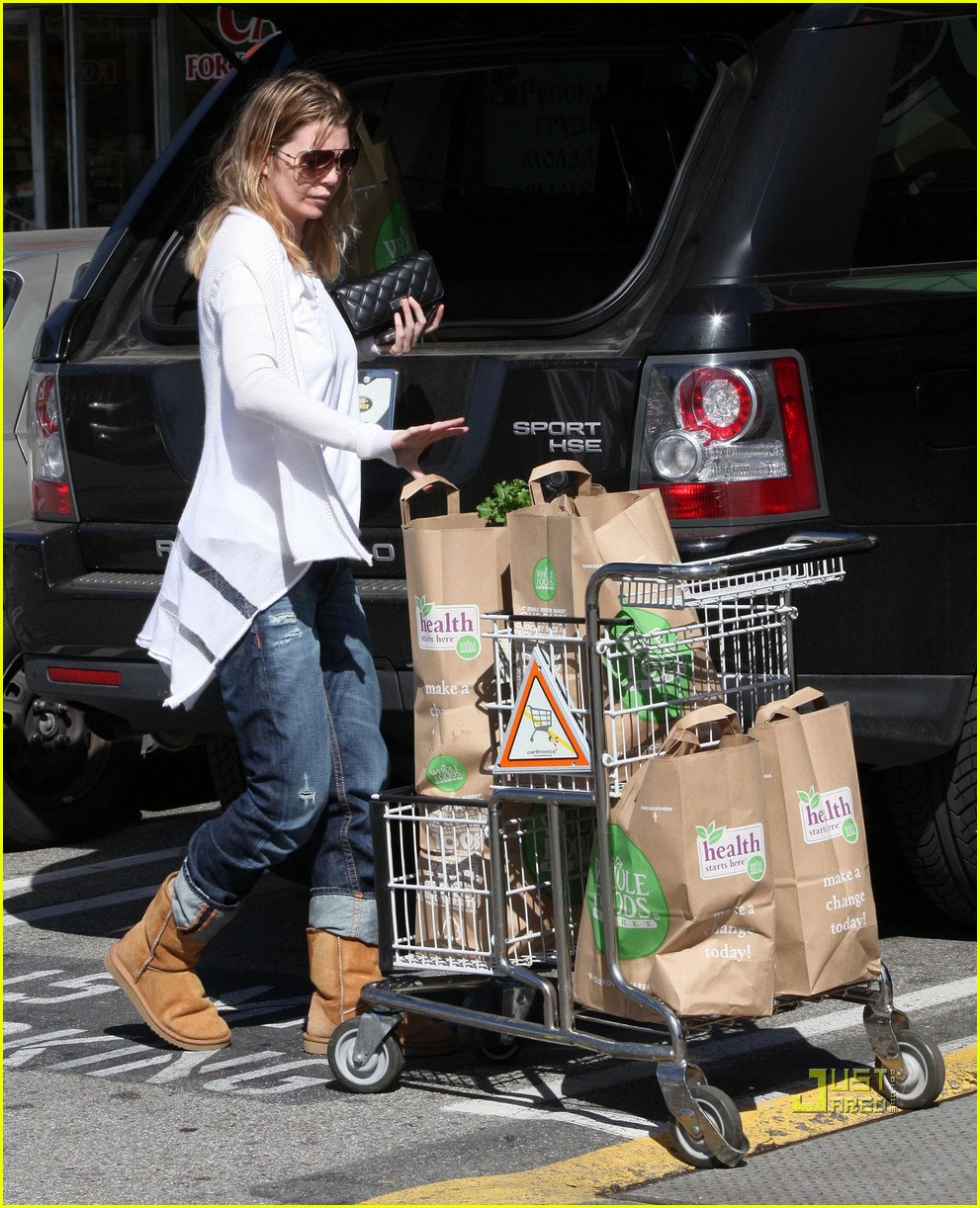ellen pompeo book soup whole foods 042434649