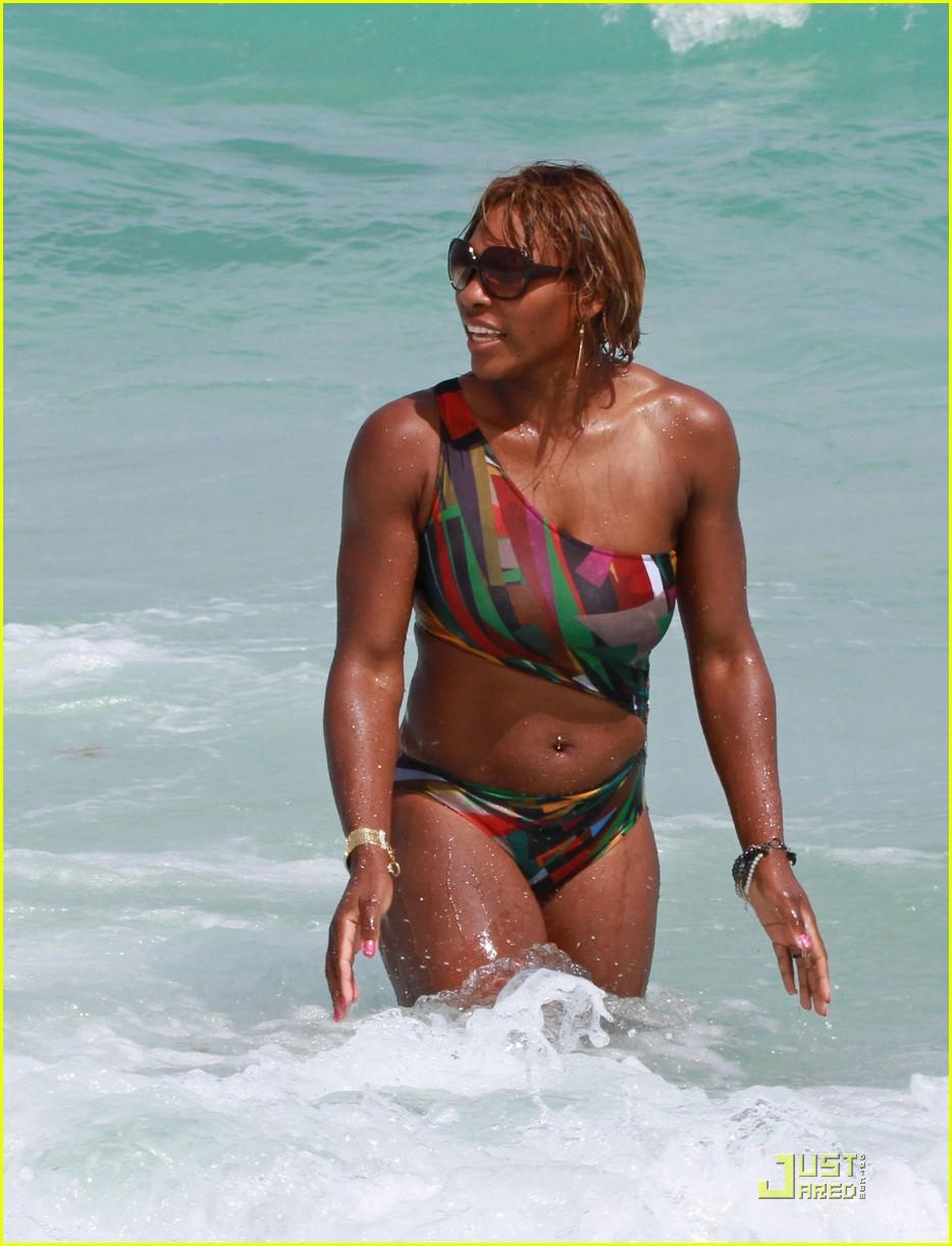 serena williams bikini babe 01